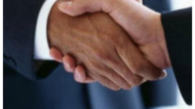 Регулировать межнациональные отношения в Петербурге доверят Махно