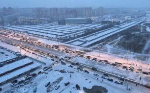 Петербургские водители пожаловались на скользкие дороги