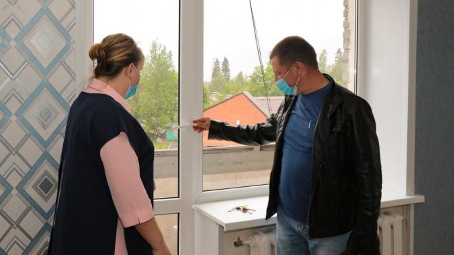 В Селезневском поселении проводят расселение аварийного жилья