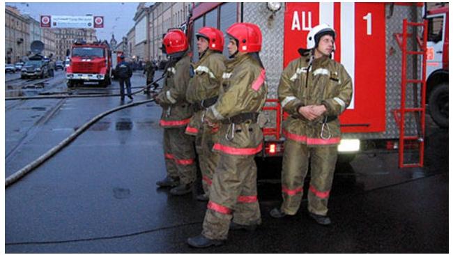Пожар на Ижорских заводах был отнесен к повышенному номеру сложности