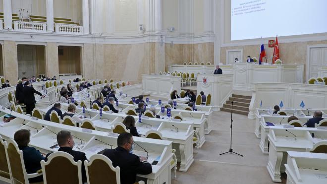 Петербургский парламент внес поправки в бюджет 2020 года