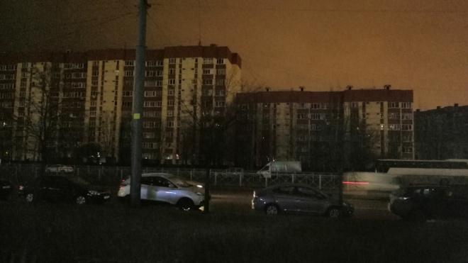 Квартал в Приморском районе временно погрузился во тьму