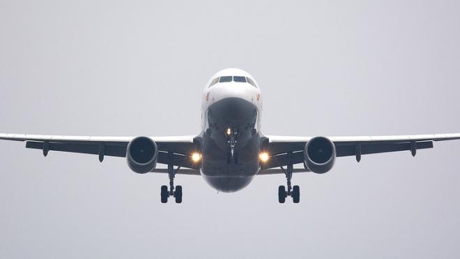 Из-за снегопада нарушено авиасообщение между Петербургом и Москвой