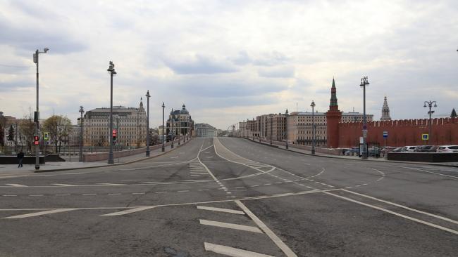 Собянин допустил сохранение масочного режима в Москве после весны