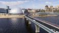 В День ВДВ петербуржец прыгнул с Яхтенного моста и отбил...