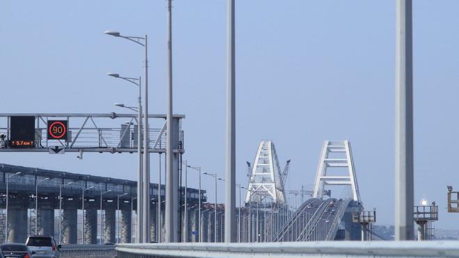 Более 6 тыс. человек попали в Крым через Крымский мост из Петербурга и Москвы на поезде