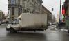 Петербуржцы:на Загородном проспекте большегруз показывает чудесалевитации