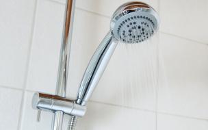 Жителям Калининского и Выборгского районов вернут горячую воду сегодня
