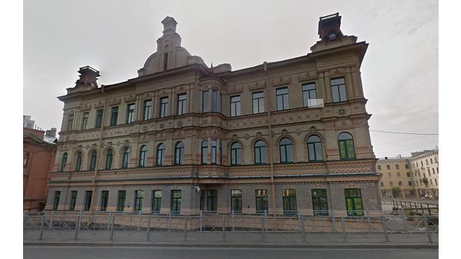 Библиотеку Колобовых на Зеленина восстановят за один рубль