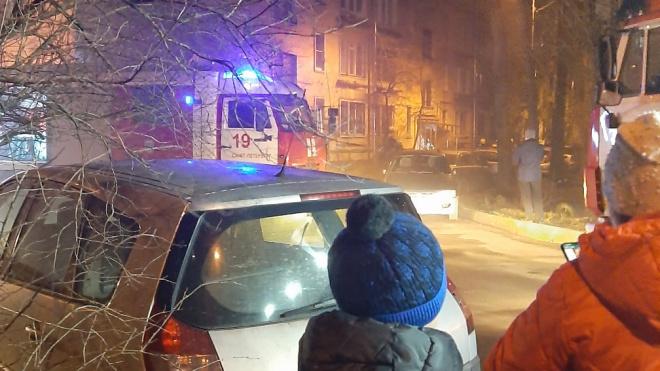 Из-за пожара на улице Червонного Казачества эвакуировали 7 человек