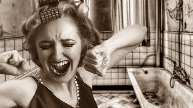 """""""Известия"""": тарифы на тепло и электроэнергию в России могут вырасти"""