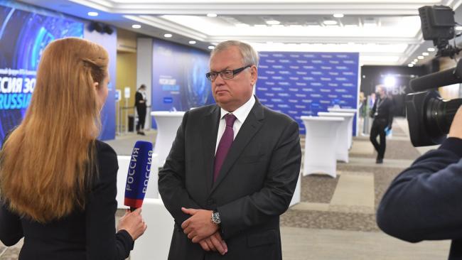 Костин не ожидает более жестких санкций Запада в отношении ВТБ