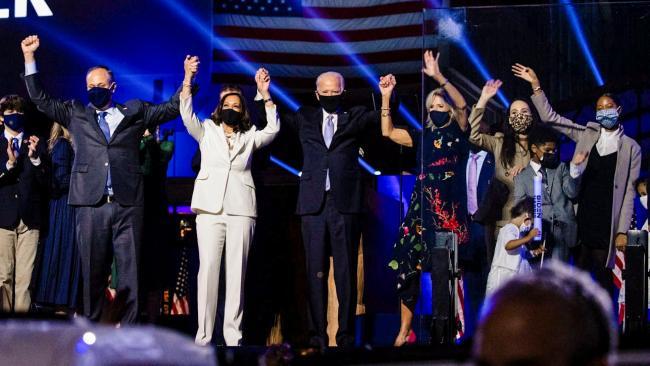 Президент России поздравил избранного президента США с победой на выборах