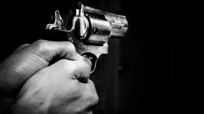 Устроившего стрельбу по автобусу в Кронштадте мужчину скрутили бойцы Нацгвардии