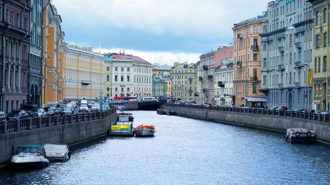 Петербург открывает реки и каналы для движения маломерных судов