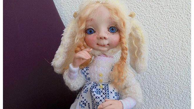 В Петербурге украли работы кукольницы, погибшей при теракте в метро