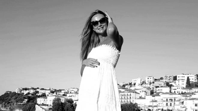Актриса Мария Миронова стала мамой во второй раз в 46 лет
