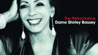 Dame Shirley Bassey. The Performance