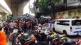 В Бангкоке мужчина метнул гранату на переполненный ...