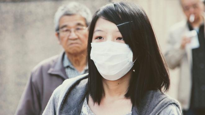 В метро Петербурга не будут раздавать защитные маски пассажирам