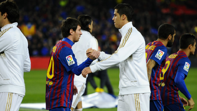 Билеты на матч Реал - Барселона раскупили за 20 минут
