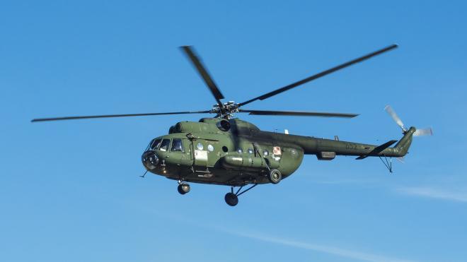 Вертолет Ми-8 совершил аварийную посадку в Магаданской области