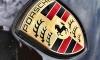 В Шушарах ловкие угонщики увели Porsche Macan, пока владелец был в магазине