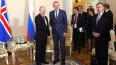 Владимир Путин встретилсяс президентом Исландии в Петер...