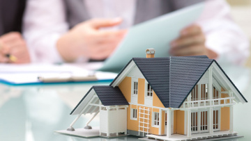 Страхование жилья не обязательно для собственников