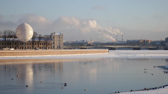 Мороз и солнце: зима не собирается покидать Ленобласть