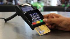 В России зарегистрировали рекордный рост безналичных платежей