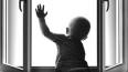 Трехлетний ребенок выпал из окна в детском саду Челябинс ...