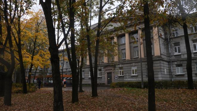 Петербуржцы снова пришли к зданию ВНИИБ