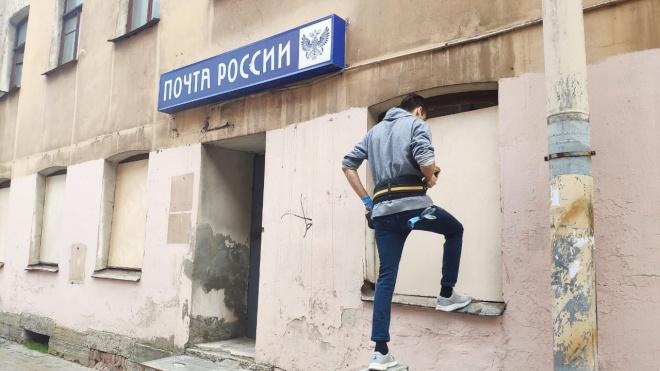 Активисты законсервировали заброшенный дом на Херсонской улице
