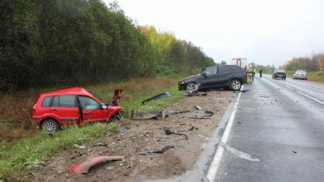 В Псковском районе в дорожной  аварии погибли два человека