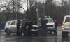 УАЗ с полицейскими столкнулся с Renault на перекрестке в Петергофе