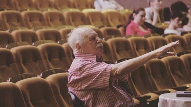 """В Золотую книгу Петербурга занесут имя основателя театра """"Буфф"""""""