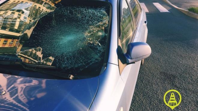 Опубликованы фото ДТП с пострадавшим пешеходом на Долгоозерной улице