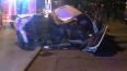 Автомобиль влетел в столб на Октябрьской набережной