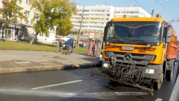 За прошлую неделю с улиц Петербурга вывезли 2,2 тысячи тонн загрязнений