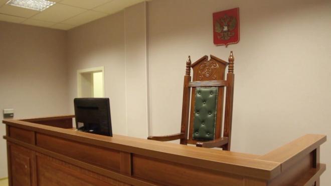 В Петербурге женщина умерла в суде