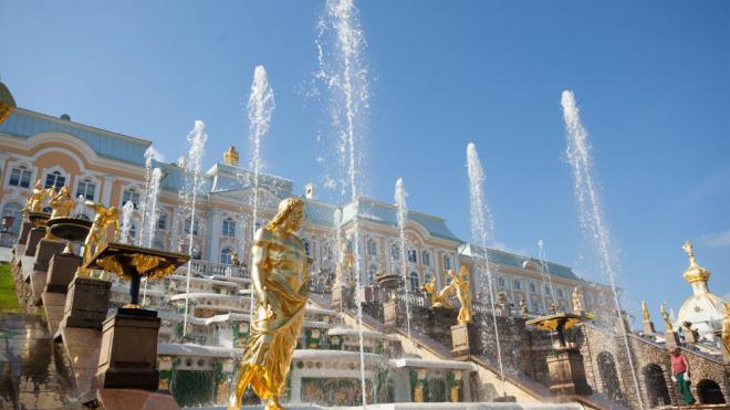 """Петергофские фонтаны могли оказаться под угрозой """"осушения"""""""