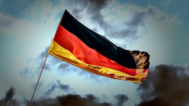"""Bloomberg назвало неизбежным отказ Германии от """"Северного потока — 2"""""""