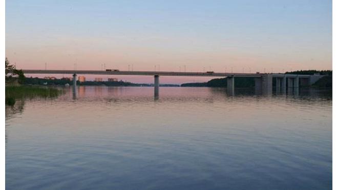 На трассе Кола 17 мая разведут мост