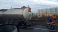 На КАД микроавтобус врезался в КАМАЗ, три человека ...