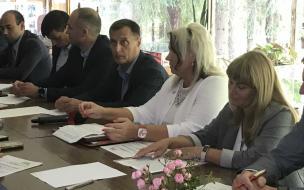 Для школ Выборгского района закупят автобусы на 6,5 миллионов рублей