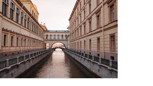 В Петербурге открывают навигацию по рекам и каналам