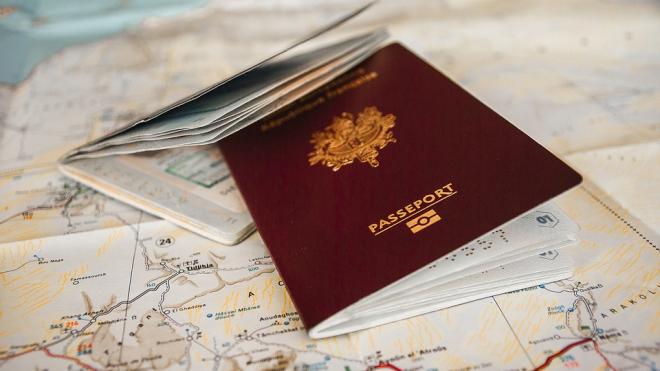 В Петербурге у сотрудницы Генконсульства США украли паспорта и ценности на 200 тысяч рублей