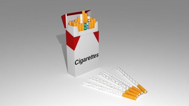 В Библиотечном переулке продавали сигареты с поддельными марками