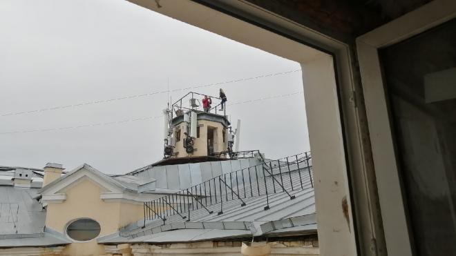 Эксперты поддержали идею отказаться от экскурсий по крышам в Петербурге